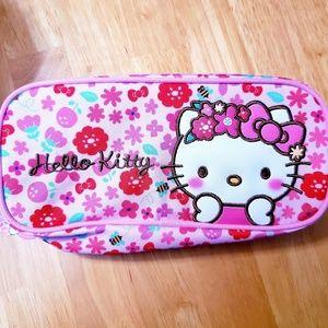 HELLO KITTY ♡ Makeup Bag